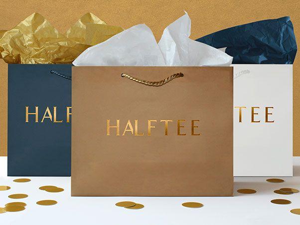 Mẫu in túi giấy thương hiệu cho shop quần áo