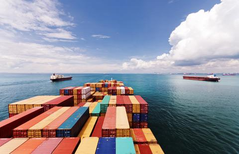 Song song với quá trình công nghiệp hóa xã hội hóa đất nước thì sự phát triển của xuất nhập khẩu đang ngày càng lớn mạnh. Với quá trình trao đổi xuất nhập khẩu hàng hóa sẽ khiến cho việc thúc đẩy hoạt động thương mại và đối ngoại ngày càng phát triển mà cũng […]