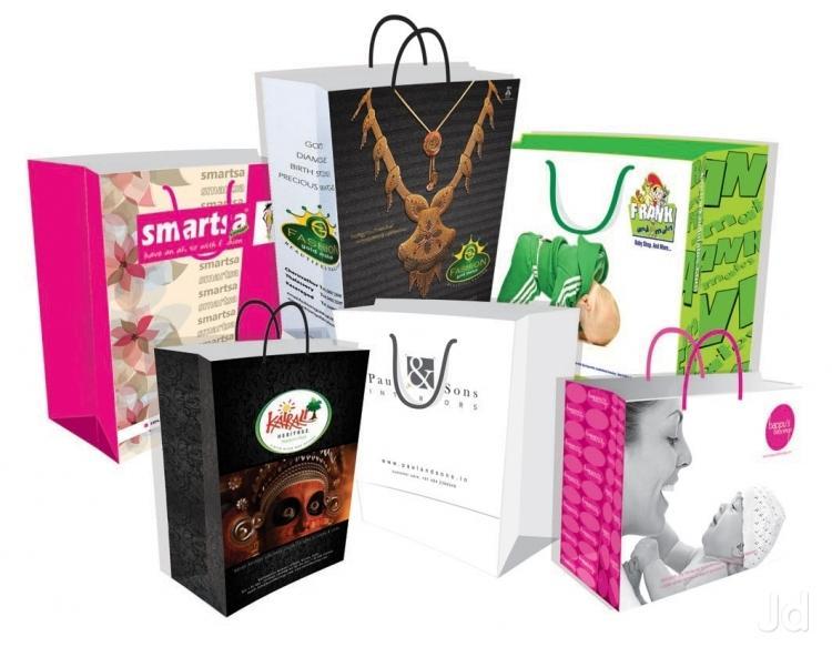 Hiện nay túi giấy được xem như là một sản phẩm nhận được sự tín nhiệm cao của người tiêu dùng. Túi giấy có thể mang lại nhiều lợi ích vì tính tiện lợi, có tay xách dễ cầm nắm và cũng thể hiện được đẳng cấp, tạo sự sang trọng so với các sản […]